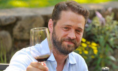 Jason Priestley enjoys wine tasting at Beringer Vineyards on July 8, 2011 in St Helena, California. (Photo by Steve Jennings/Getty Images For Beringer Vineyards)