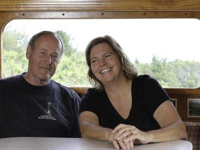 Les Behrens & Lisa Drinkward (winemakers)